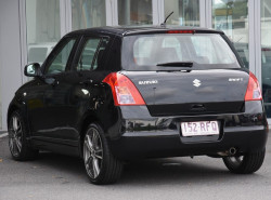2010 Suzuki Swift RS415 RS415 Hatchback Image 3