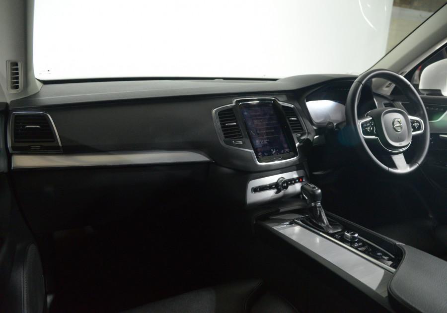 2016 Volvo XC90 Volvo Xc90 D5 2.0 Momentum Auto D5 2.0 Momentum Suv