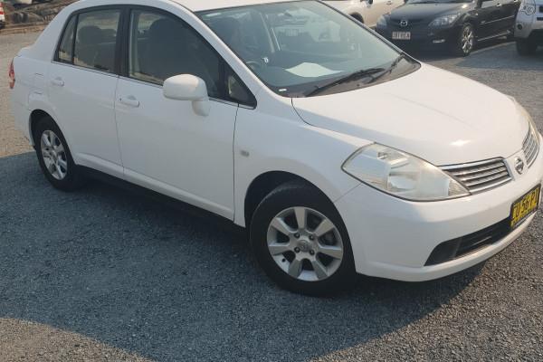 Nissan Tiida ST-L C1