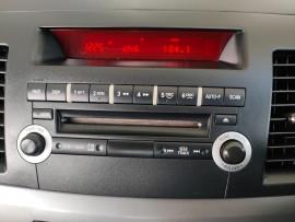 2009 Mitsubishi Lancer CJ  ES Sedan image 16