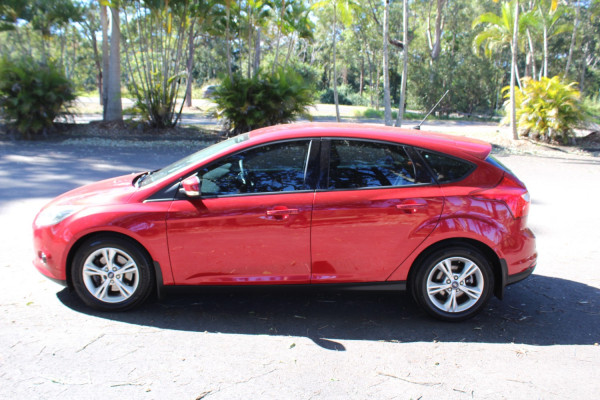 2011 Ford Focus LV Mk II LX Hatchback Image 5