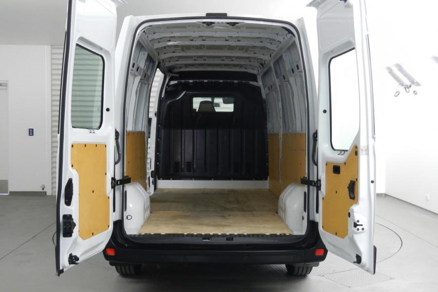 2017 Renault Master X62 X62 Van Mobile Image 18