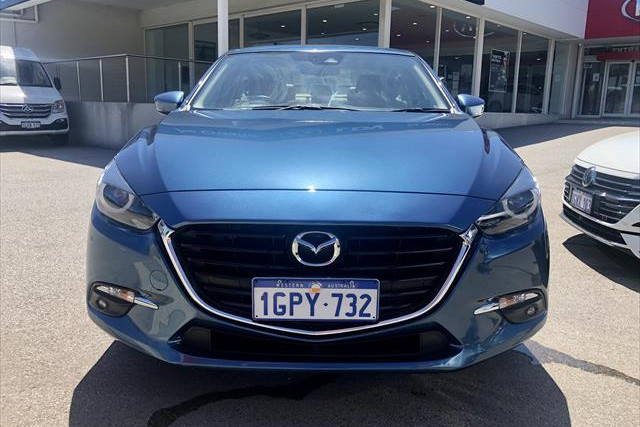 2018 Mazda 3 SP25 - GT