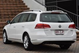 2012 MY12.5 Volkswagen Passat Type 3C MY12.5 125TDI Wagon Image 3