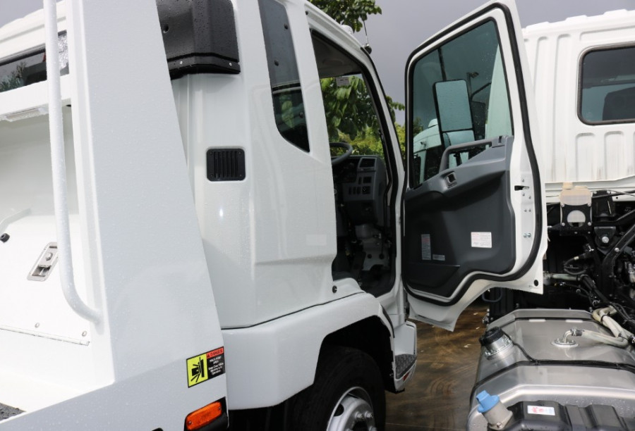 2018 FUSO Fighter TILT TRAY 1427 XLWB Tow and tilt
