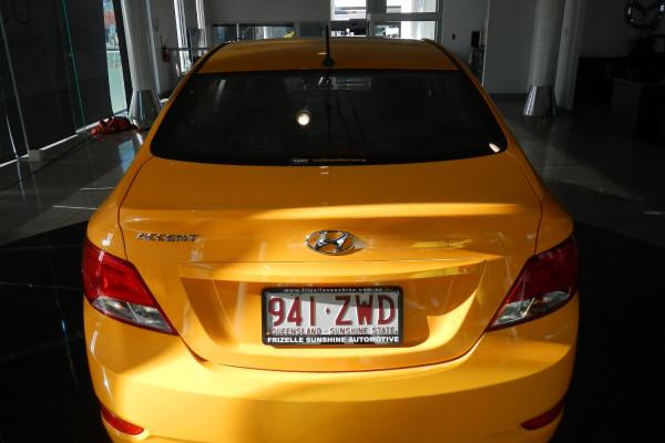 2015 MY16 Hyundai Accent RB3 MY16 Active Sedan Image 4