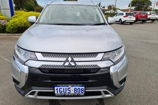 2019 Mitsubishi Outlander ZL ES Suv Image 2