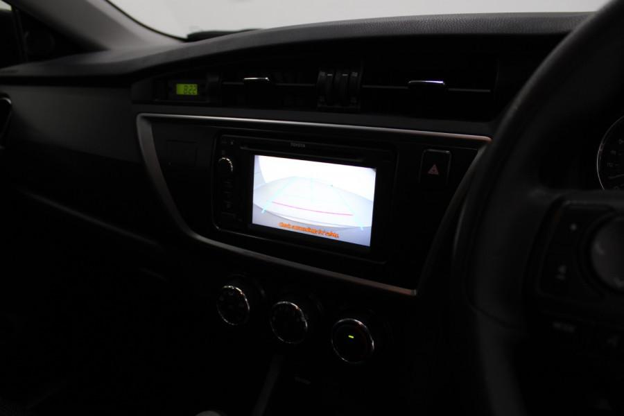 2013 Toyota Corolla ZRE182R Ascent Hatchback Image 18