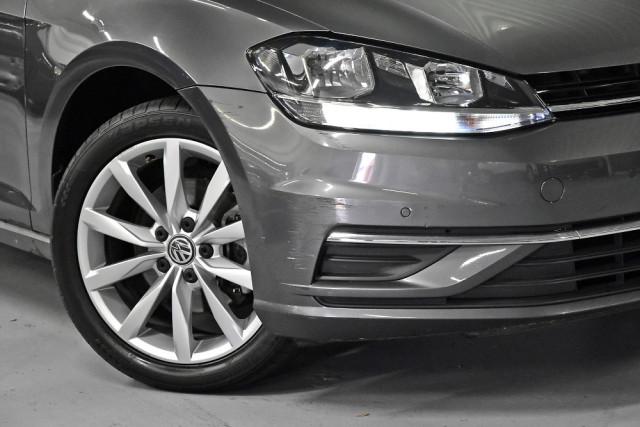 2017 Volkswagen Golf Hatchback Image 5
