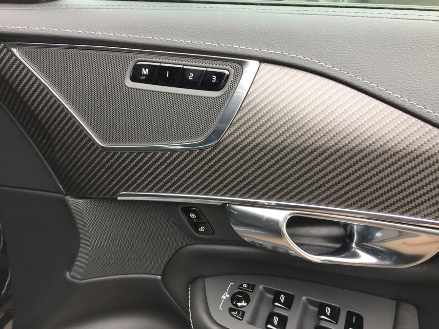 2020 Volvo XC90 L Series D5 R-Design Suv Image 14