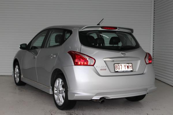 2013 Nissan Pulsar C12 SSS Hatchback Image 5