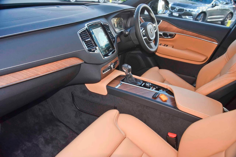 2018 Volvo XC90 L Series T6 Inscription Suv Mobile Image 7