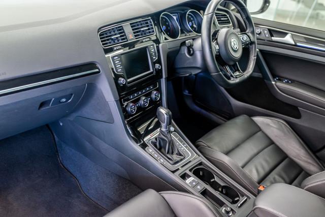 2016 Volkswagen Golf 7 R Hatchback Image 21