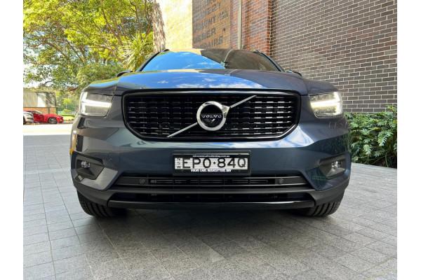 2022 Volvo XC40 Recharge PHEV Suv Image 3