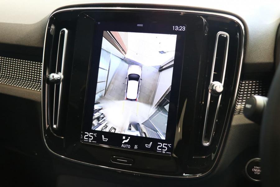 2021 Volvo XC40 XZ T5 Recharge PHEV Suv Image 14