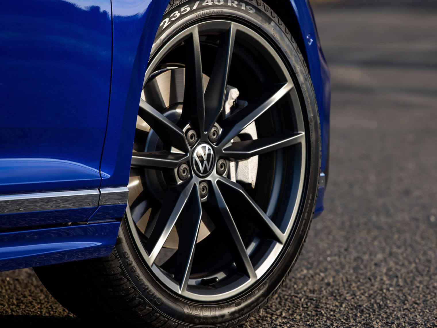 A sporty touch Alloy wheels Image