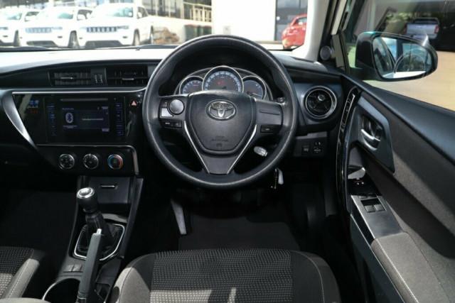 2018 Toyota Corolla ZRE182R Ascent Hatchback Image 14