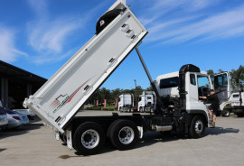 Fuso HEAVY FV51 AUTO TIPPER FREE SERVICING FV51 TIPPER 360HP