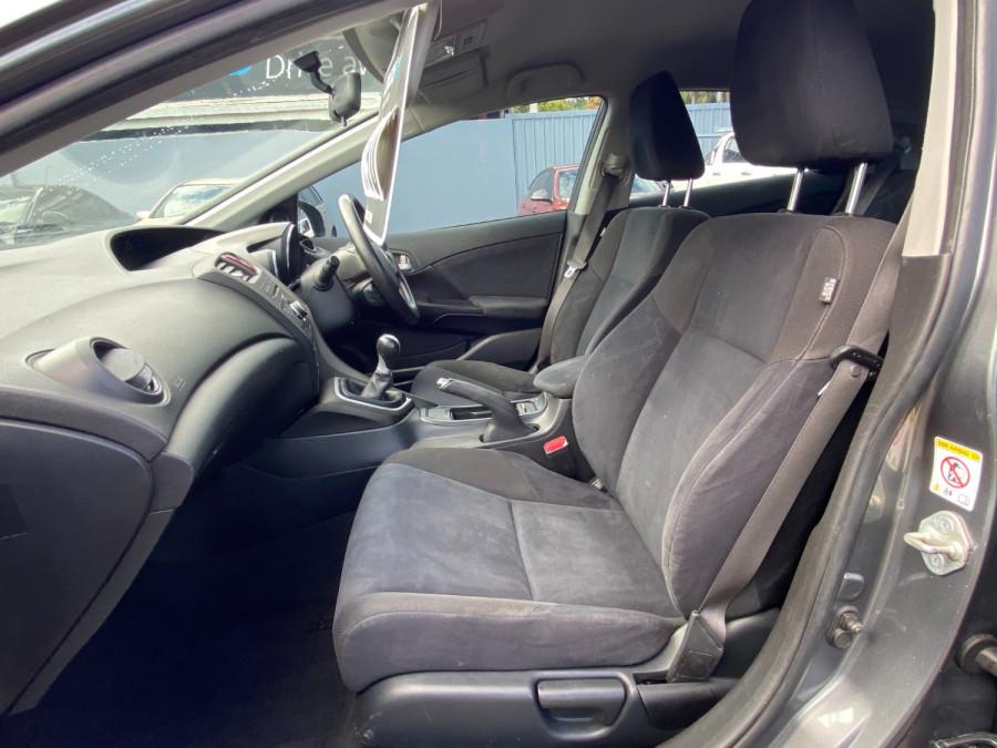 2013 Honda Civic 9th Gen  VTi-S Hatchback Image 16