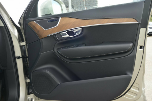 2019 Volvo XC90 D5 INSCRIPTION Suv Image 5