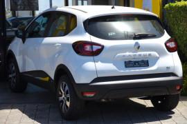 2018 Renault Captur J87 Zen Hatch Image 3
