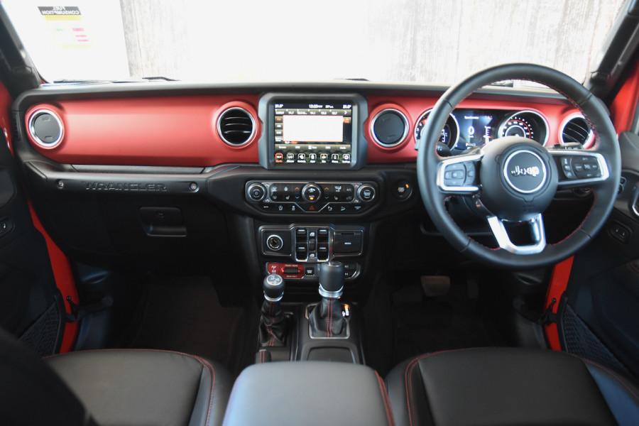 2019 MY20 Chrysler Wrangler Wagon Image 8