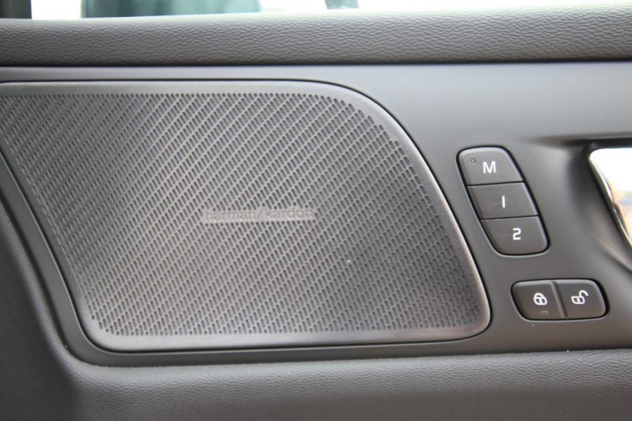 2019 MY20 Volvo S60 Z Series T5 Inscription Sedan Image 17