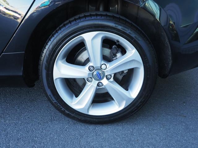 2013 Volvo V40 Vehicle Description. M  MY13 D4 LUXURY HBK 5DR AGT 6SP 2.0DT D4 Hatchback