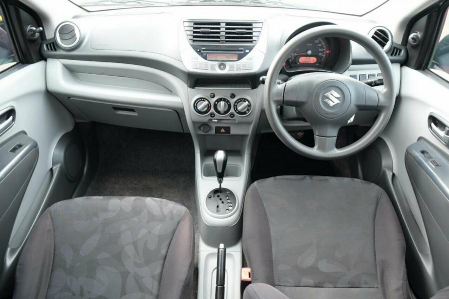 2010 Suzuki Alto GF GL Hatchback Image 10