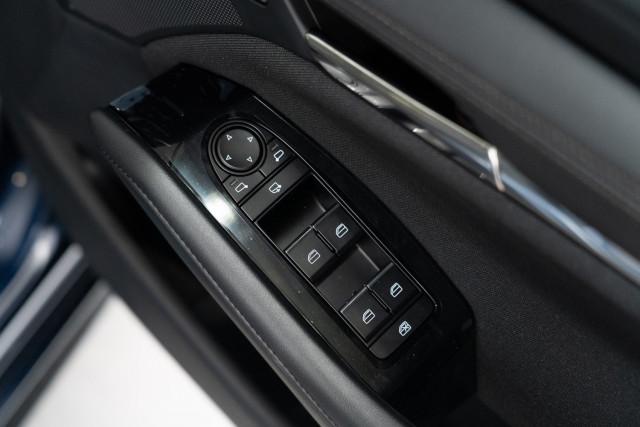 2021 Mazda 3 BP G25 Evolve Sedan Sedan Mobile Image 16