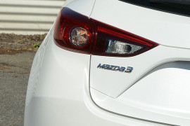 2014 Mazda 3 BM5438 SP25 Hatchback image 19
