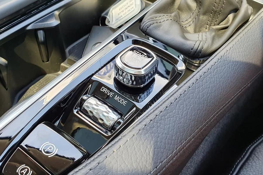 2019 Volvo XC90 L Series D5 Momentum Suv Mobile Image 13