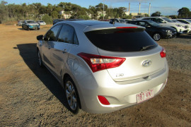 2013 MY14 Hyundai i30 GD2 Premium Hatchback Image 5