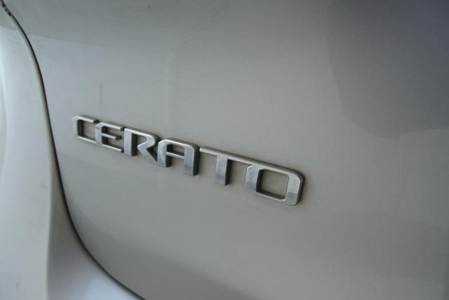2014 Kia Cerato Hatch S 14 of 25