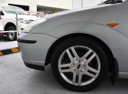 2003 Ford Focus Sedan LR MY2003 CL Sedan Image 5