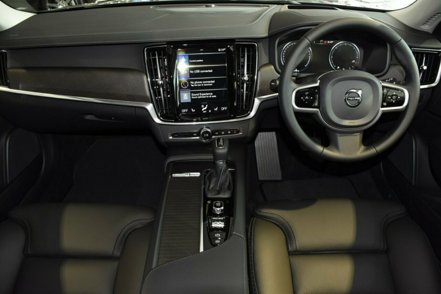 2019 MY20 Volvo V90 Cross Country D5 Suv Mobile Image 5