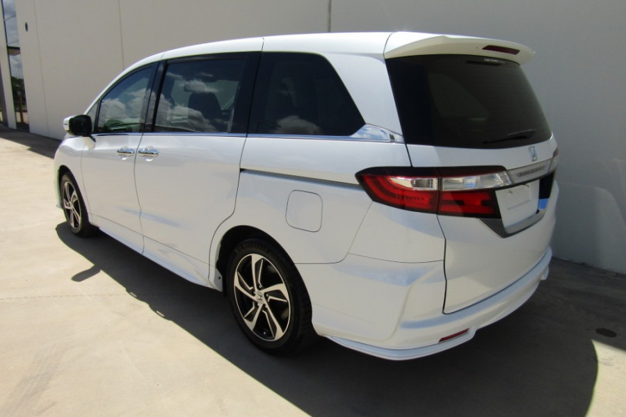 2015 MY16 Honda Odyssey 5th Gen VTi-L Wagon Image 25
