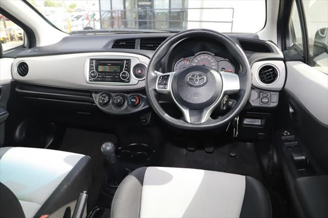 2014 Toyota Yaris NCP130R YR Hatchback Image 10